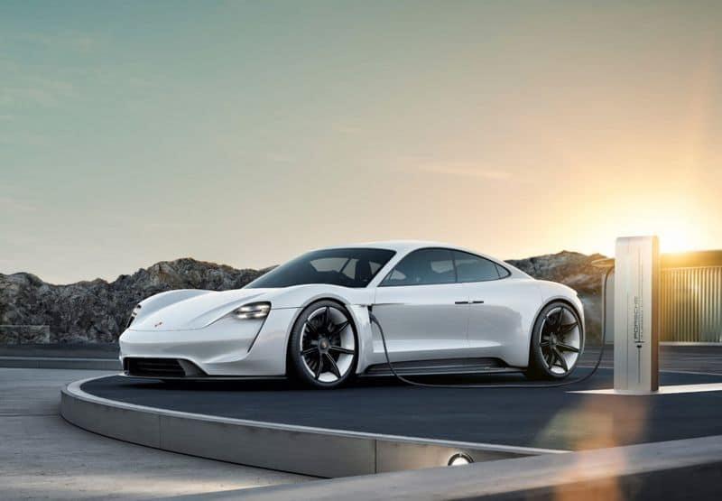 Porsche Taycan Electrique